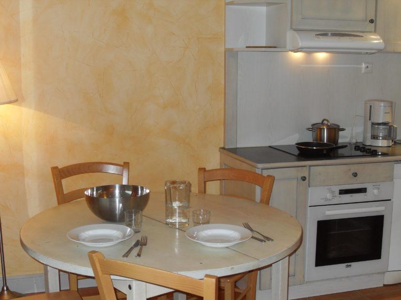Appartement 1 Chambre - kitchenette et table Victoria Garden, Hôtel à La Ciotat
