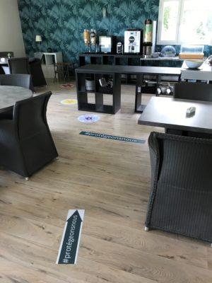 Salle de petit déjeuner - Appart'hôtel Victoria Garden